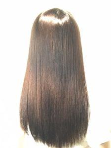 つくばの美容院ラフォンテの髪質改善縮毛矯正の女性モデルのヘア