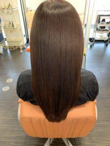 髪質改善 女性の後ろ姿
