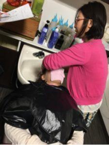 つくばの美容室La fonteのスタッフによるヘッドスパ練習