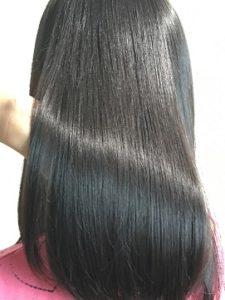 つくばの美容院ラフォンテの髪質改善の女性モデルのヘア